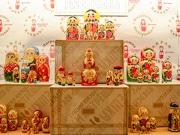 仙台・カメイ美術館で「マトリョーシカ博覧会」 産地で分け特色明確に