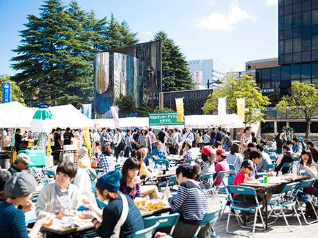 1日で5000人が来場し、にぎわいを見せた昨年の「仙台クラフトビールフェスティバル」(写真提供=アンバーロンド)