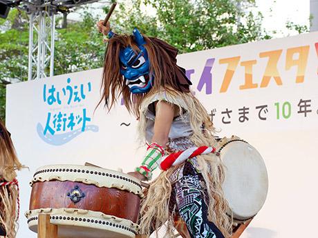 ハイウェイフェスタとうほくで毎年人気を集める秋田の「なまはげ太鼓」