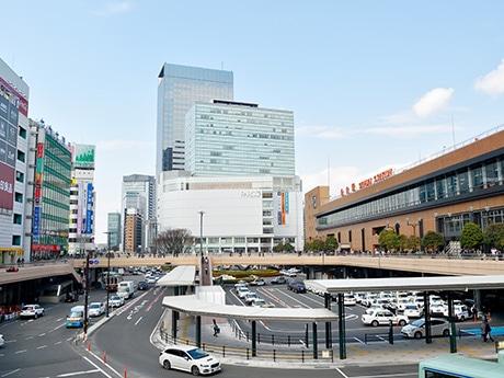 ランキング1位の仙台駅前。「高層マンションの上層部に住んで、町の夜景を楽しんだりしてみたい」(40代女性)という回答も