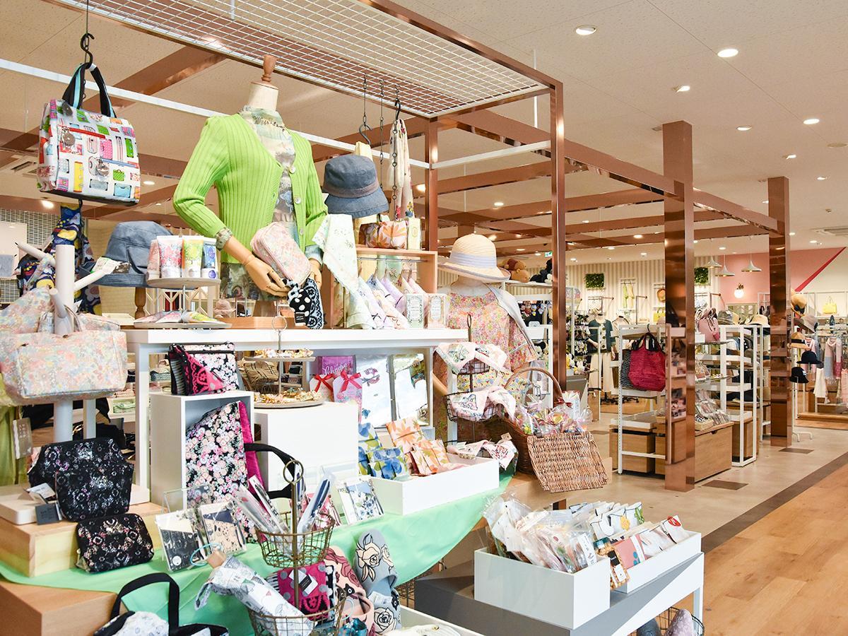 「三越 富沢店」ファッション雑貨売り場