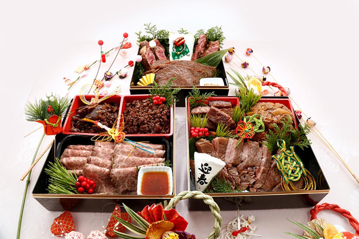 最高級A5ランクの仙台牛を使った9種類の料理を詰め込んだ「プレミアムお肉だけのおせち」