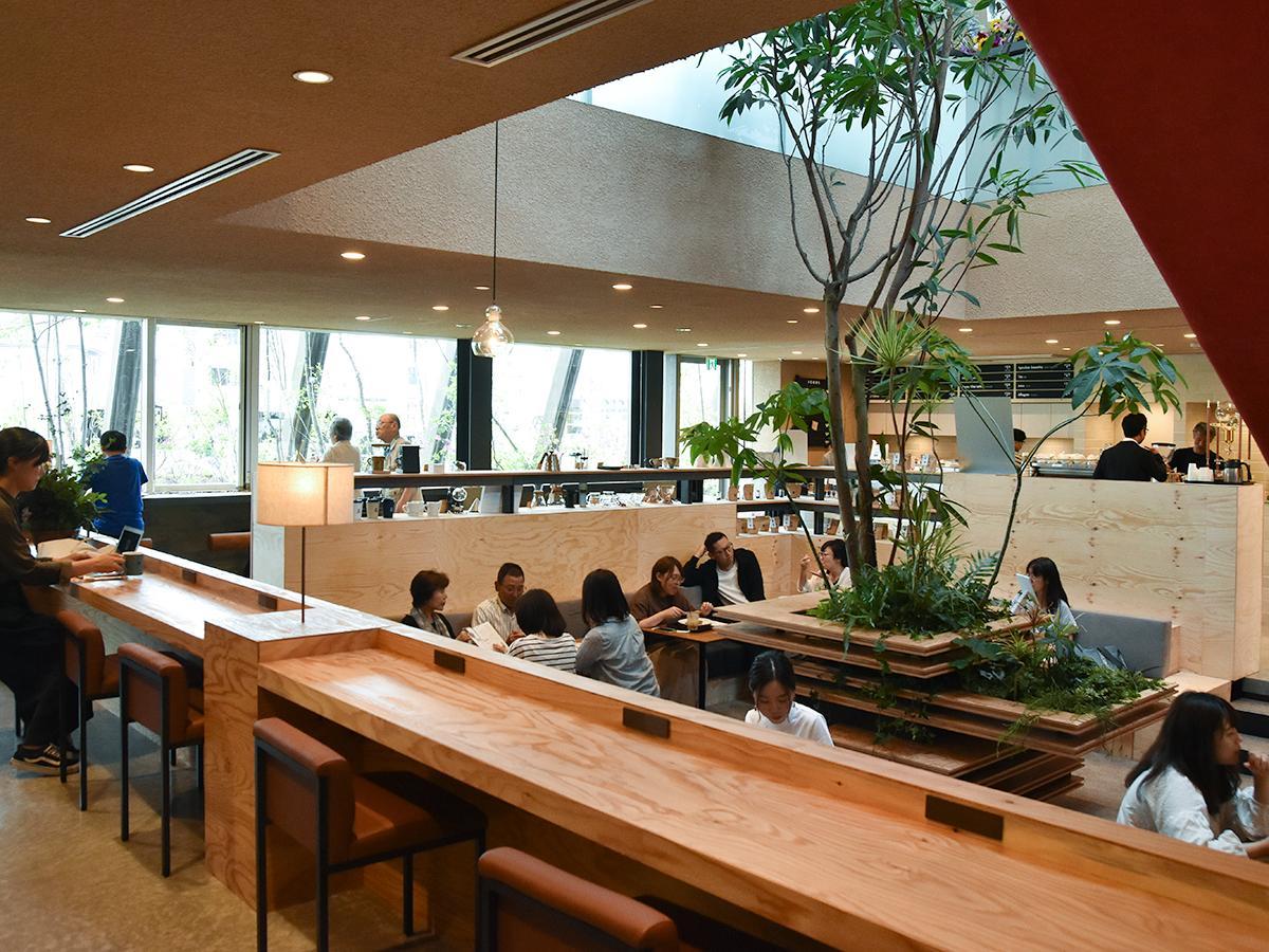 カフェ「フラットホワイトコーヒーファクトリー」店内