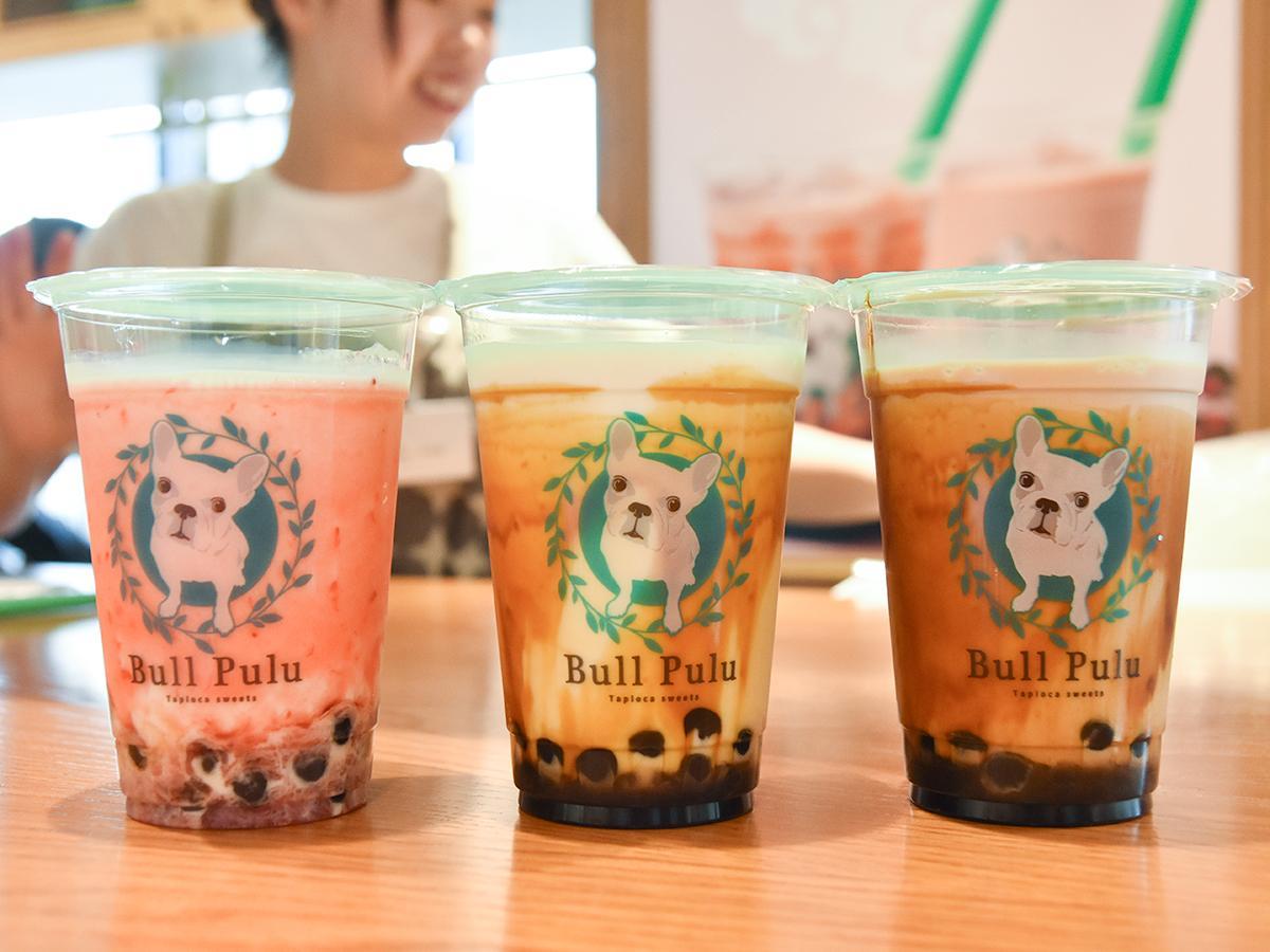 人気商品ベスト3、左から「ストロベリータイガーミルク」「黒糖タイガーミルク」「黒糖タイガーミルクティー」
