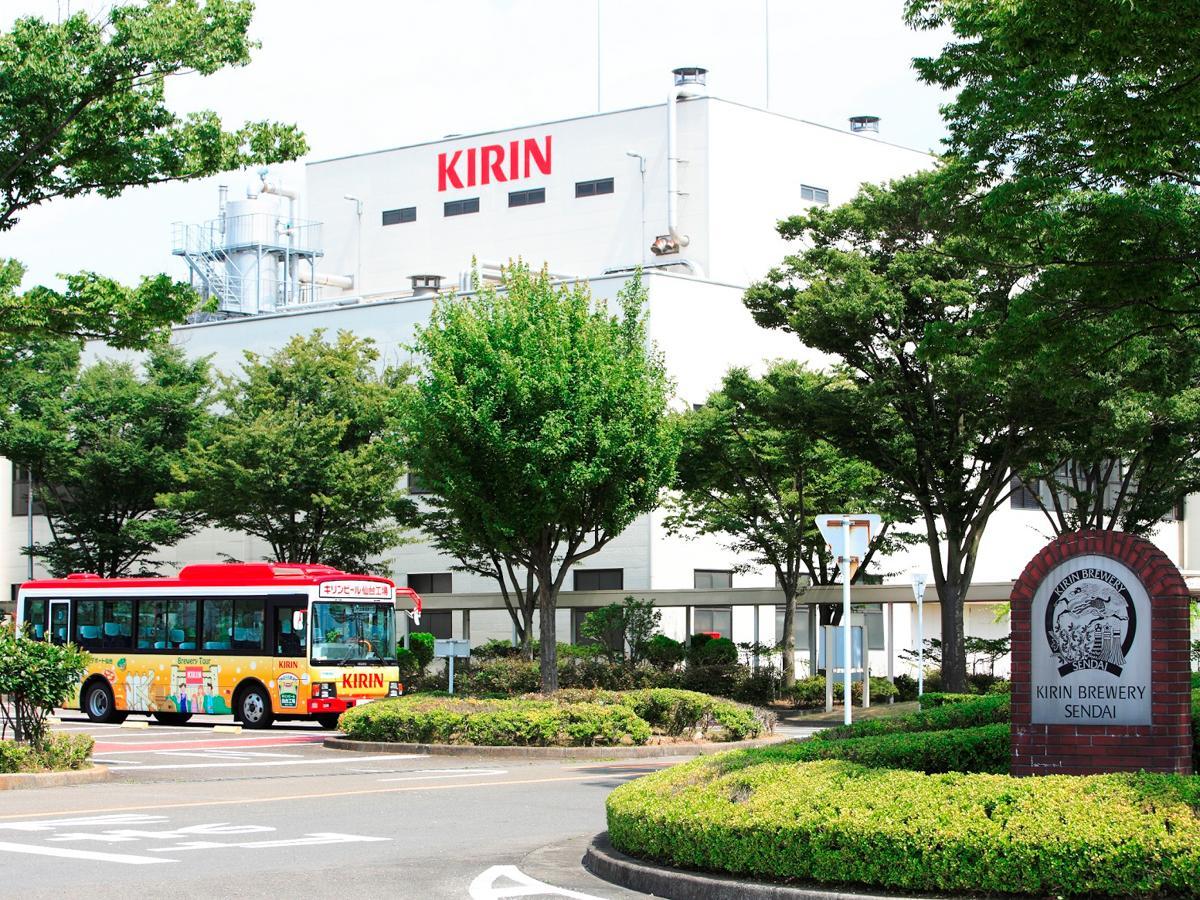 見学ツアーを再開したキリンビール仙台工場外観