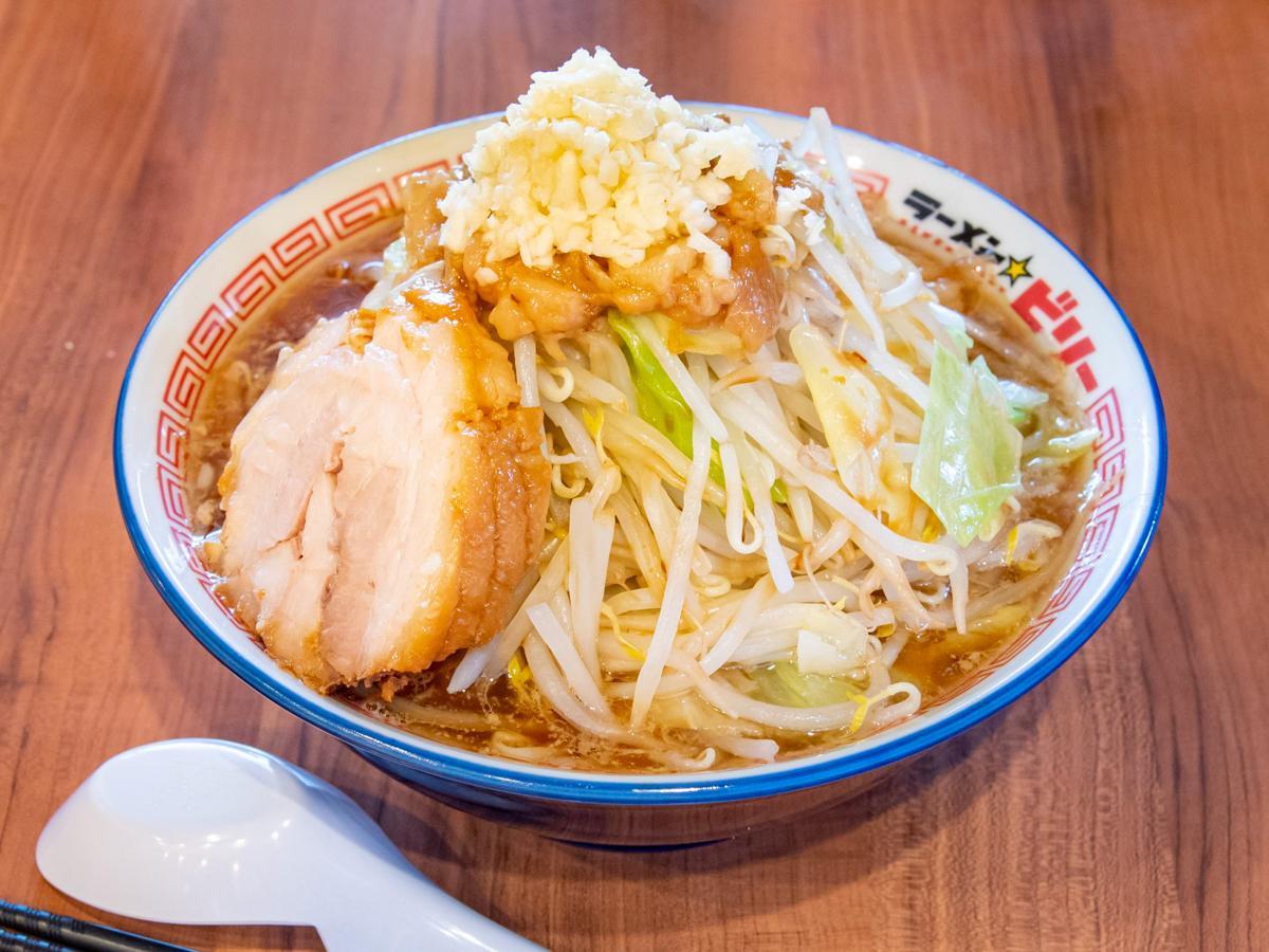 4月にサービス開始した「ウーバーイーツ」。9月には仙台での注文結果に基づく人気店を発表し、「ラーメンビリープラス 駅前店」(仙台市青葉区中央2)が1位だった