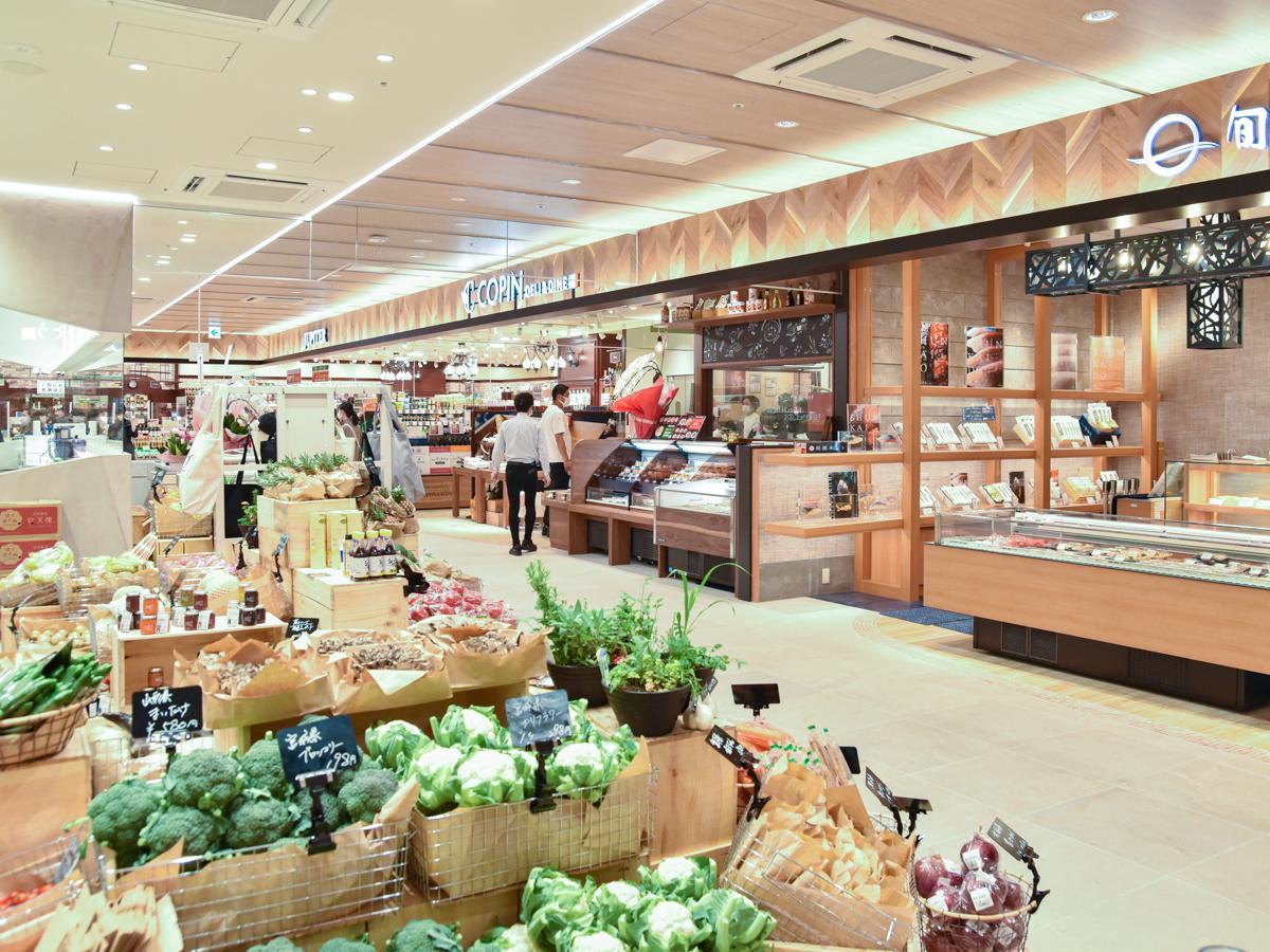 総菜や弁当・グロッサリーなど5店を集めた「てくてくマーケット」