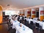 イタリア家電「デロンギ」日本初直営店-レストラン、カフェも併設