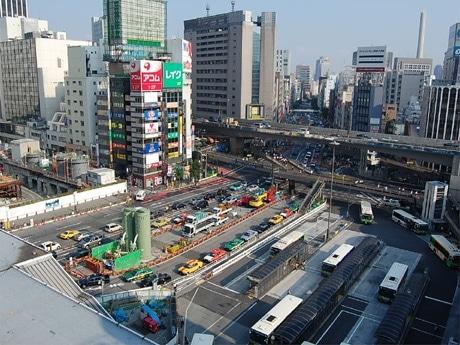 高層複合ビルの建設が予定される東急文化会館跡地。地下3階には副都心線渋谷駅が開通する