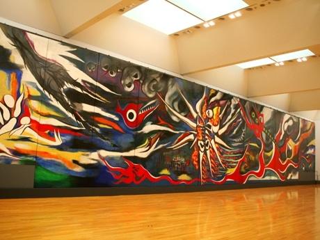 東京都現代美術館で公開中の「明日の神話」(岡本太郎作)