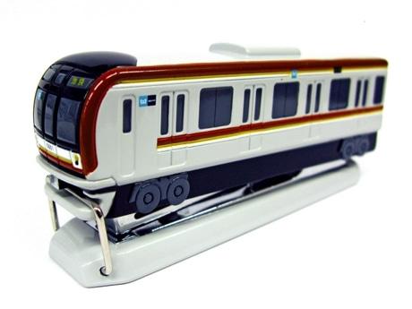 10000系型ステープラー(800円、限定3,000個)