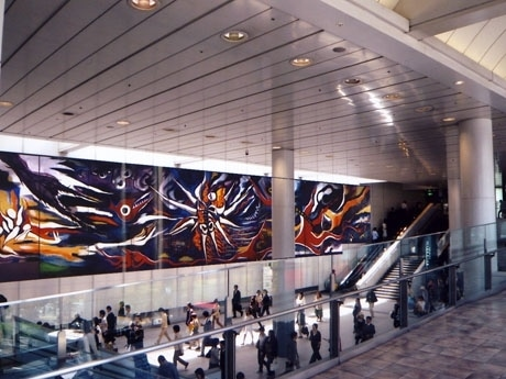 岡本太郎「明日の神話」設置イメージ。設置場所は渋谷マークシティ2階の連絡通路