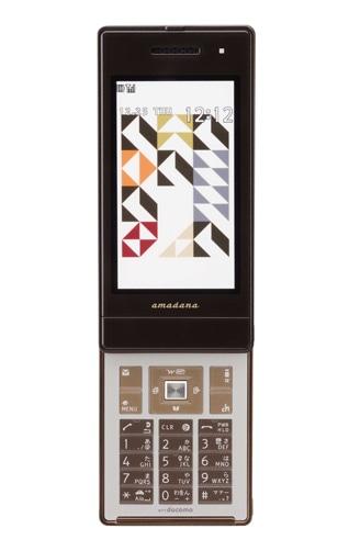 「amadanaケータイ」に第2弾モデル。11月中旬より、amadana表参道ヒルズ直営店などで先行展示される