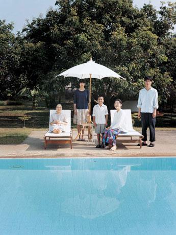 作品公開に先立ち代々木上原にセレクトショップを開く映画「プール」