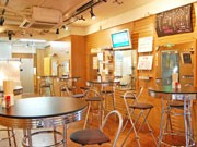 渋谷センター街の美容室が立ち飲み店に-家族経営で全品200円