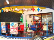 ハワイのバーガー店「テディーズ・ビッガー・バーガーズ」、原宿に日本初出店