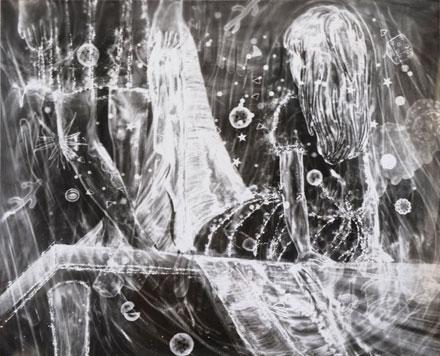 三宅砂織さん「テーブルクロス」(2010年、45.7×56センチ、gelatine silver print、©Saori Miyake)