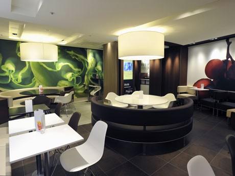 新世代デザイン「クオリテ」を採用した渋谷東映プラザ店