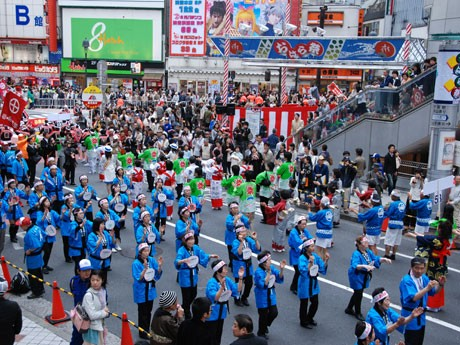 今年で13回目を迎える「おはら祭」。写真=昨年の「踊りパレード」の様子