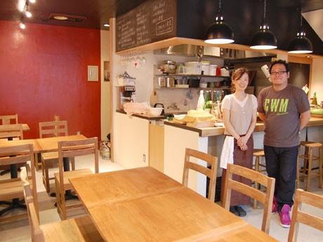 共同オーナーを務める上吹越由美さん(左)と山本裕介さん(右)