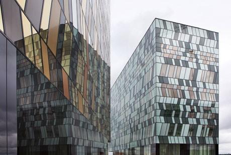 「モスクワ経営管理大学院SKOLKOVO」(ロシア、2010年竣工予定)©Ed Reeve