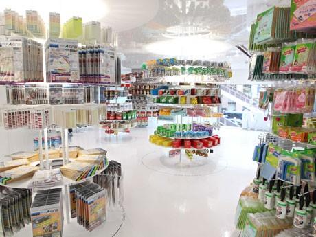 「3M store」の2階では1,000種以上商品を販売する