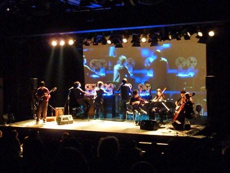 「イノベーティブ」をテーマに10組のアーティストが参加する「HARAJUKU PERFORMANCE+2010」(写真=昨年の様子)