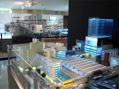 東急東横店で始まる「鉄道フェスティバル」。写真=現在の渋谷駅ジオラマを中心とした会場風景