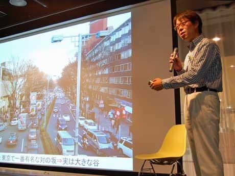 スリバチについて語る「東京スリバチ学会」会長の皆川典久さん