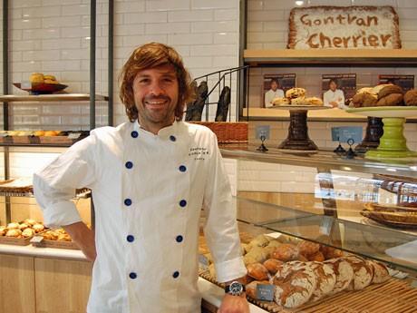 フランス人パン職人ゴントラン シェリエさん