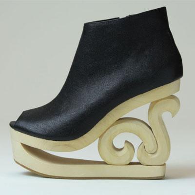 ソールのデザインが特徴的な「ジェフリーキャンベル」のウエッジソール「Skate」(1万7,850円)