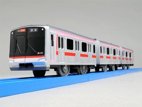 相互直通運転以降東横線の主力車両となる「5050系4000番台」©TOMY