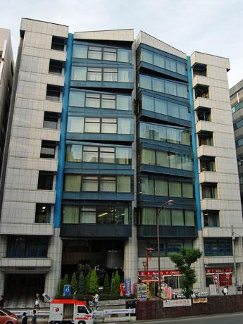 ランサーズが新しく本社を構える「渋谷Rサンケイビル」外観