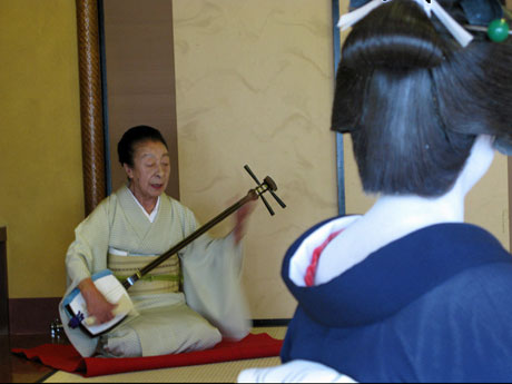 渋谷で「最後の」吉原芸者を追った実録映画-関連企画も連日開催