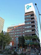 青山通り沿いの「エイベックス」本社ビル建て替えへ