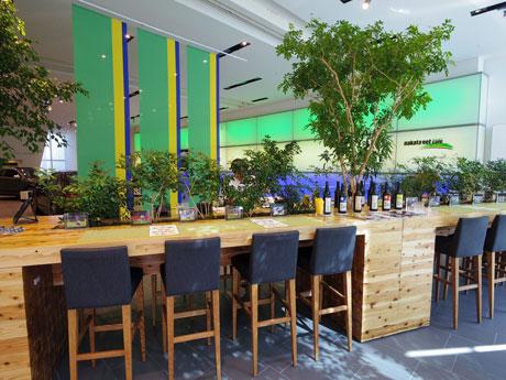 「nakata.net Cafe」の店内