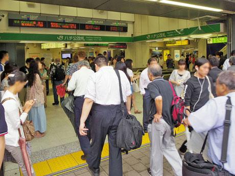 昨年度の一日平均乗車人員数が37万8539人だったJR渋谷駅