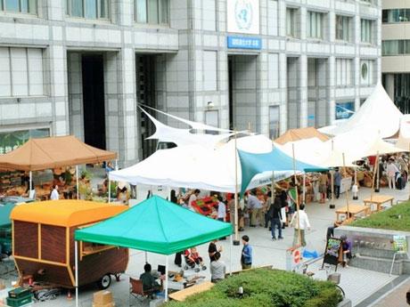 過去開催時の「青山ファーマーズマーケット」の雰囲気