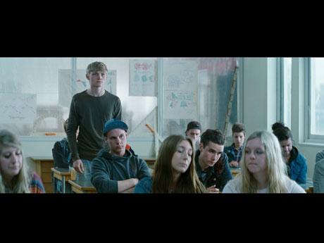 スウェーデンの映画祭「ゴールデン・ビートル賞」で作品賞などを受賞した「波紋」より©Lukasz_Zal