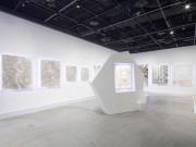 渋谷・ディーゼルでアーティストKYOTAROさん個展 「未来人がまとう衣」テーマに
