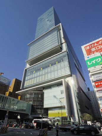 開業5周年を迎える渋谷ヒカリエ外観