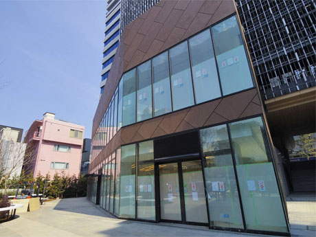 渋谷の新複合施設にベイクルーズ新業態 セレクトショップとデリ&カフェ
