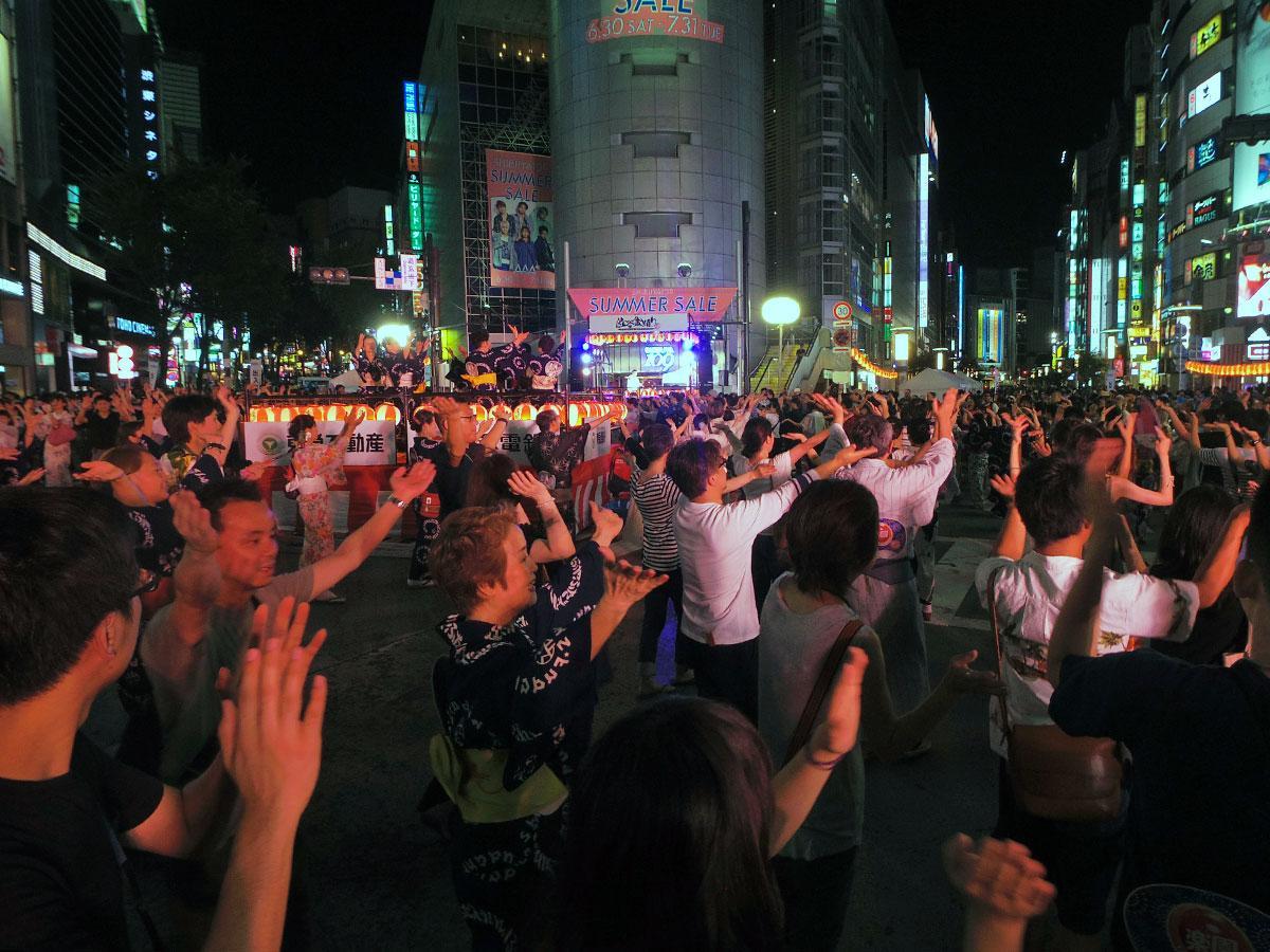 SHIBUYA109前を中心に踊った
