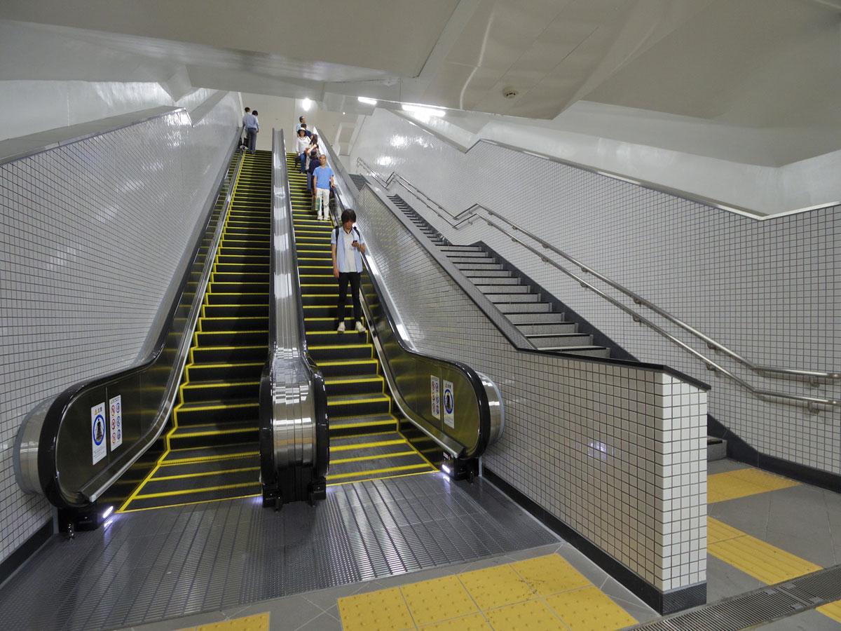 東横線・副都心線渋谷駅「16c」で供用が始まったエスカレーター