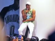 NBAラッセル・ウェストブルック選手初来日 ナイキ原宿でトークショー