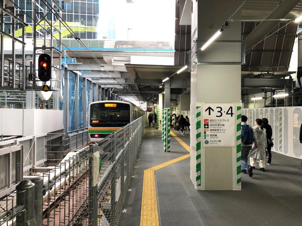 JR渋谷駅・埼京線ホーム延長線上に仮設された新連絡通路