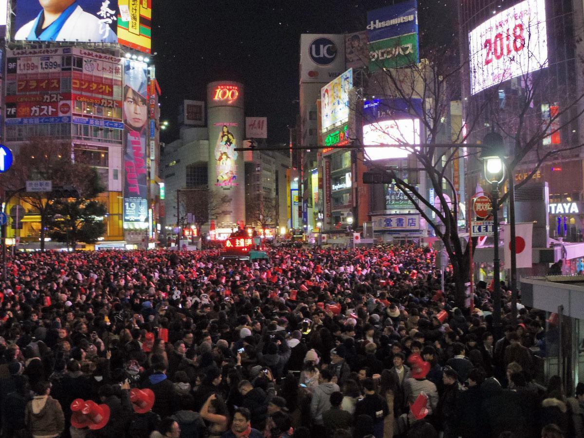 約10万人が来街したという前回のカウントダウンの様子
