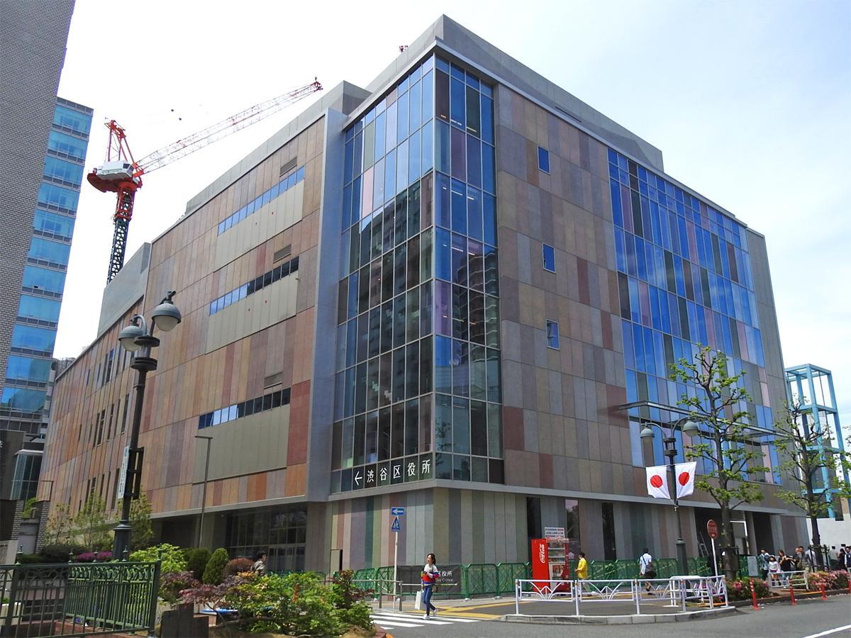 5月末に完工予定の渋谷公会堂
