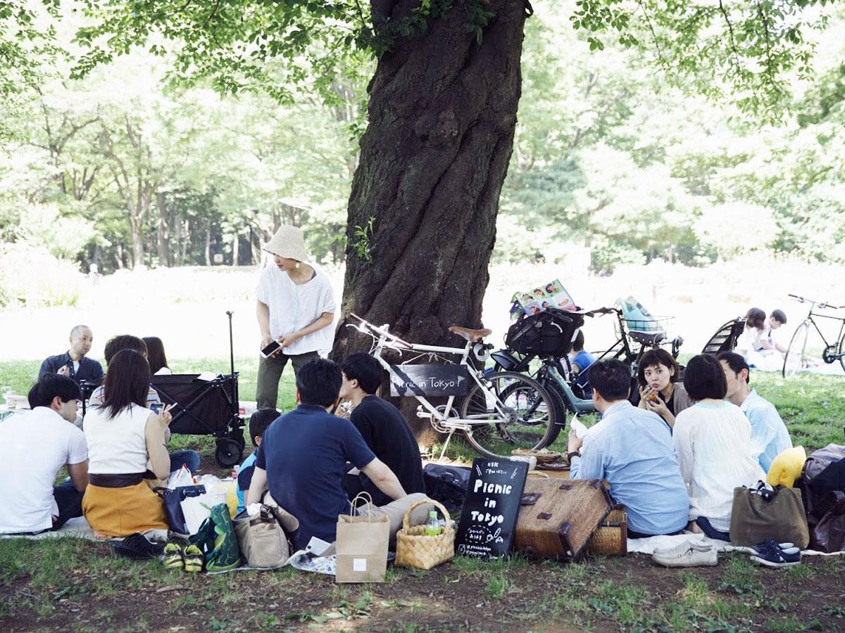 地域の人たちが集まって交流する(写真は昨年の様子)