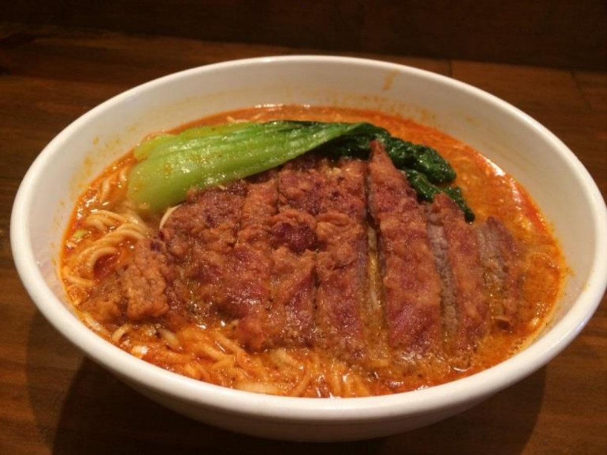 人気店「亜寿加」の味を再現する「排骨担々麺」